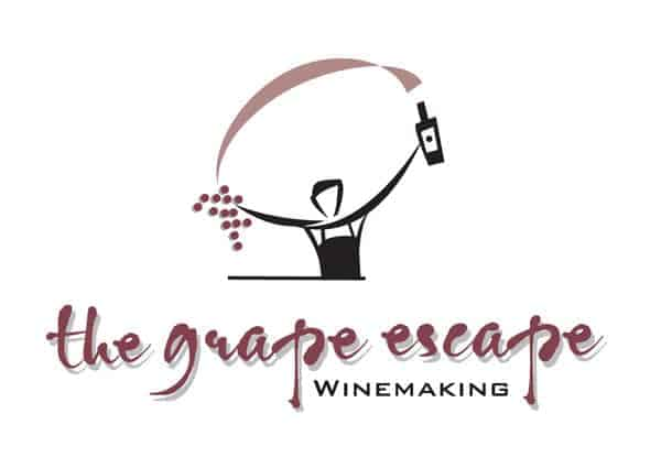 Grape/logo — business logo for winemaking school for red wine, white wine and rose wines